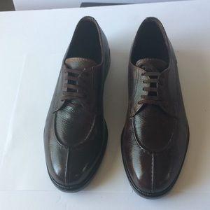 Cole Haan split-Toe Oxford 10.5 M Dark Brown
